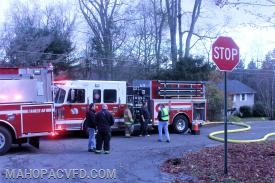 Mahopac pumper gets 2000 gallons of water from Croton Falls tanker